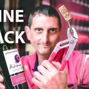 Does a Screw Work? Open Wine without Corkscrew