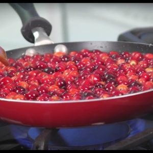 How to Make Zinfandel Cranberry Sauce - Recipe Included