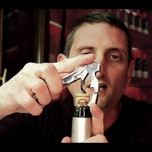 How to Open a Bottle of Wine? Etiquette Chapter 1