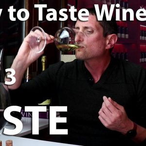 How to Taste Wine? A Flavor Experience